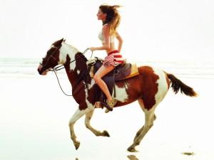 Beneficios montar caballo